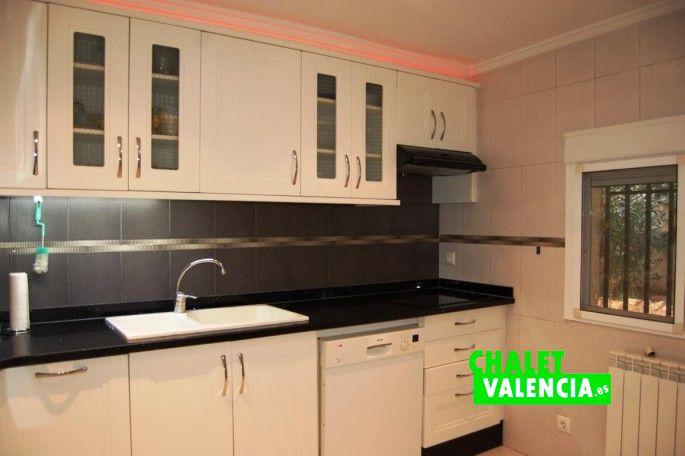 18414-cocina-chiva-chalet-valencia