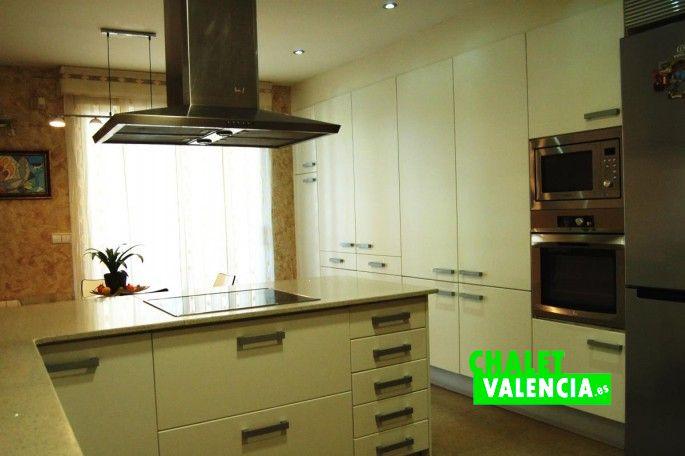 18471-cocina-8-leliana-chalet-valencia