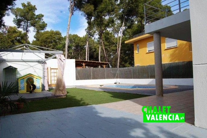 Piscina chalet La Vallesa