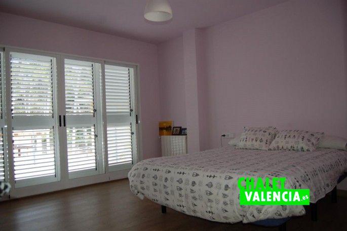 Habitación tipo suite chalet La Vallesa