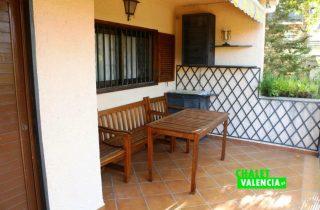 18971-entrada-terraza-canyada-chalet-valencia