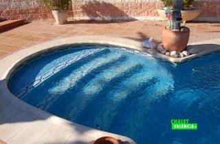 19479-piscina-escalones-chalet-valencia