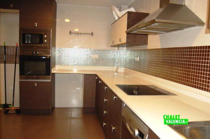 20529-cocina-2-torre-conill-chalet-valencia