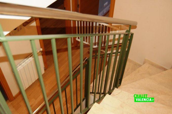 20529-escaleras-atico-3-torre-conill-chalet-valencia