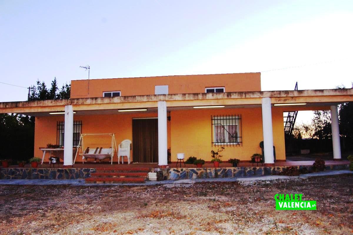 20910-exterior-terraza-godelleta-chalet-valencia