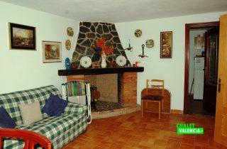 20910-salon-comedor-chimenea-godelleta-chalet-valencia