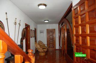 21477-recibidor-escaleras-montealegre-eliana-chalet-valencia