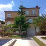 Large villa with pool in Maravisa