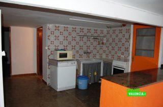21797-sotano-cocina-chalet-valencia