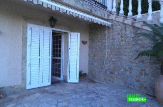 22077-pb-entrada-casa-chalet-valencia