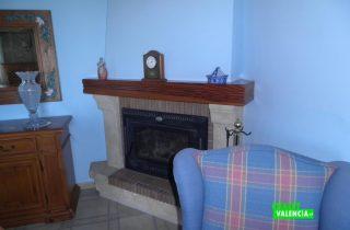 22077-pb-salon-chimenea-2-chalet-valencia