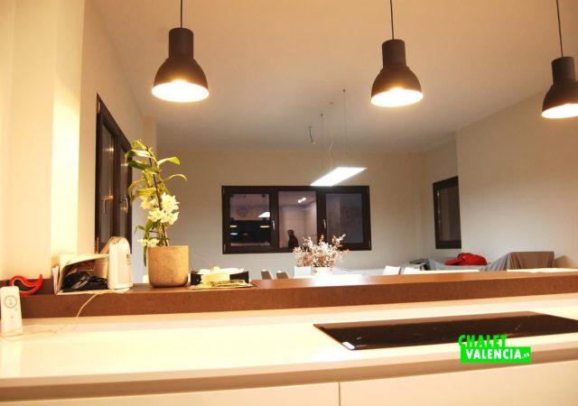 22371-cocina-iluminacion-montepilar-chalet-valencia