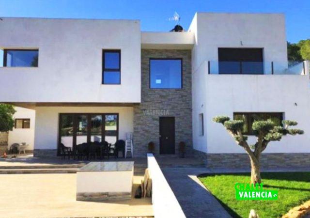 22371-entrada-chalet-valencia