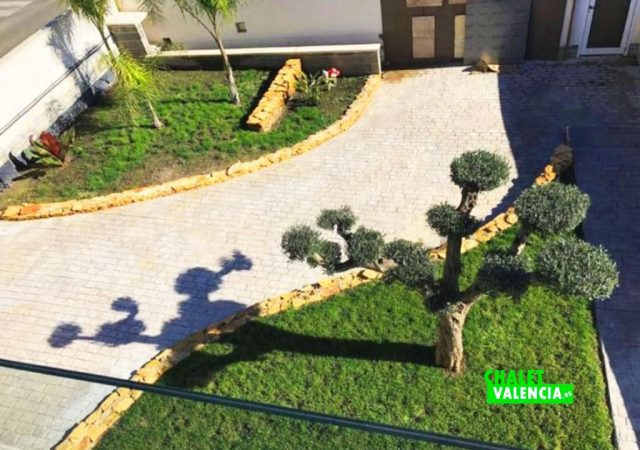 22371-jardin-chalet-valencia