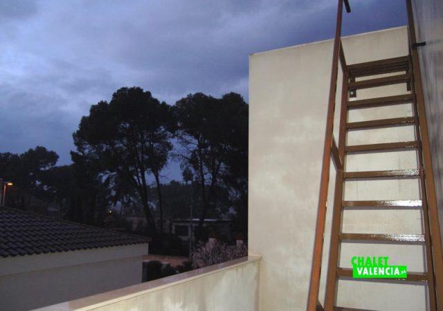 22371-p1-escaleras-montepilar-chalet-valencia