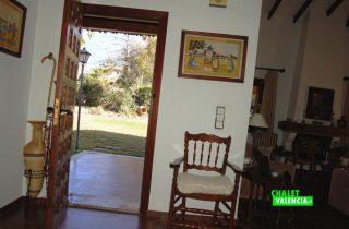 22525-entrada-salon-la-eliana-chalet-valencia