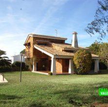 Stately villa in Hendaya L'Eliana Valencia