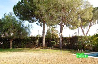 22525-exterior-jardin-piscina-la-eliana-chalet-valencia