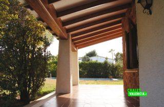 22525-exterior-terraza-cubierta-la-eliana-chalet-valencia
