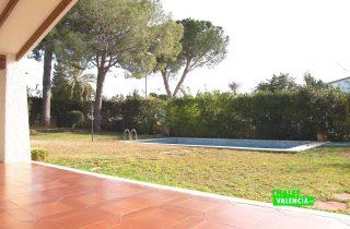 22525-exterior-terraza-piscina-la-eliana-chalet-valencia