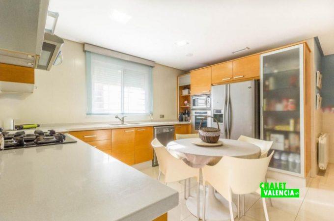 22654-cocina-2-chalet-valencia