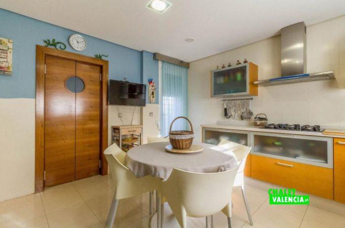 22654-cocina-3-chalet-valencia