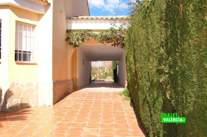 22705-entrada-porche-colinas-san-antonio-chalet-valencia