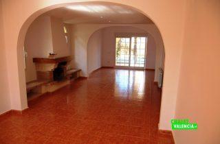 22705-salon-comedor-2-colinas-san-antonio-chalet-valencia