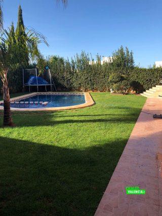23008-piscina-jardin-chalet-valencia