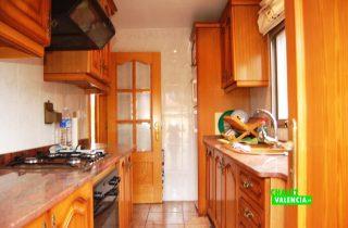 23280-cocina-4-lliria-chalet-valencia