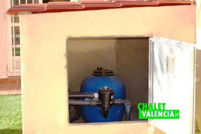 Maison jumel e avec piscine dans maravisa chalet valencia for Alencea piscine alencon