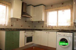 23567-cocina-la-pobla-chalet-valencia