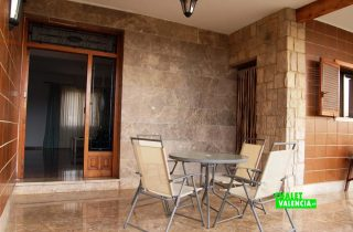 23567-terraza-puerta-casa-la-pobla-chalet-valencia