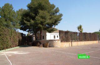 24264-casa-con-pista-deporte-betera-chalet-valencia