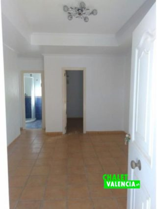 24312-entrada-salon-montesol-chalet-valencia