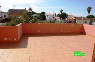24943-terraza-habitaciones-chalet-valencia