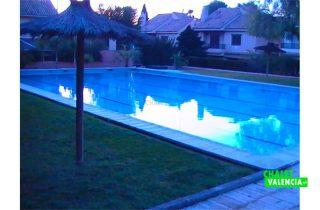 26203-piscina-comunitaria-chalet-valencia