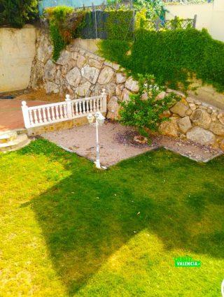 26282-jardin-11-chalet-valencia