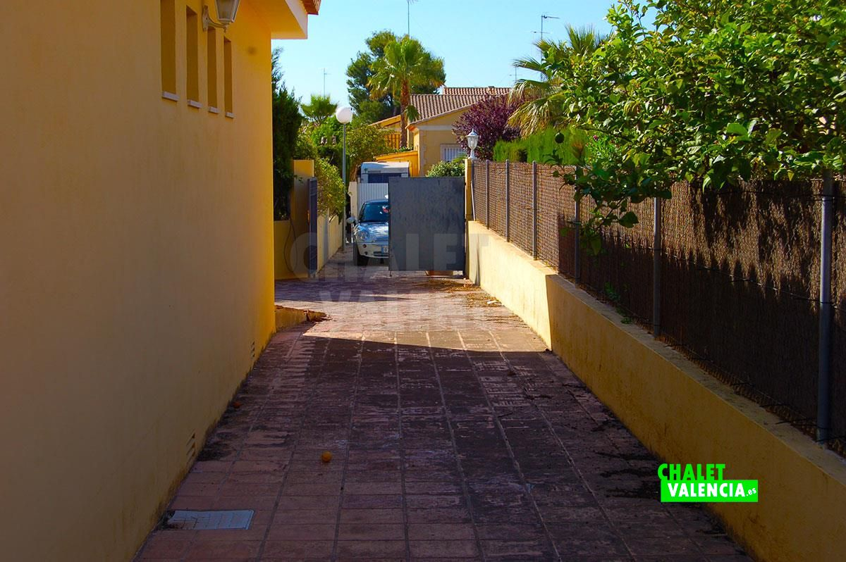 26895-el-plantio-entrada-chalet-valencia