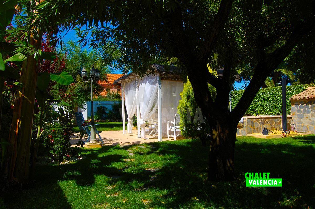 27071-jardin-chalet-valencia
