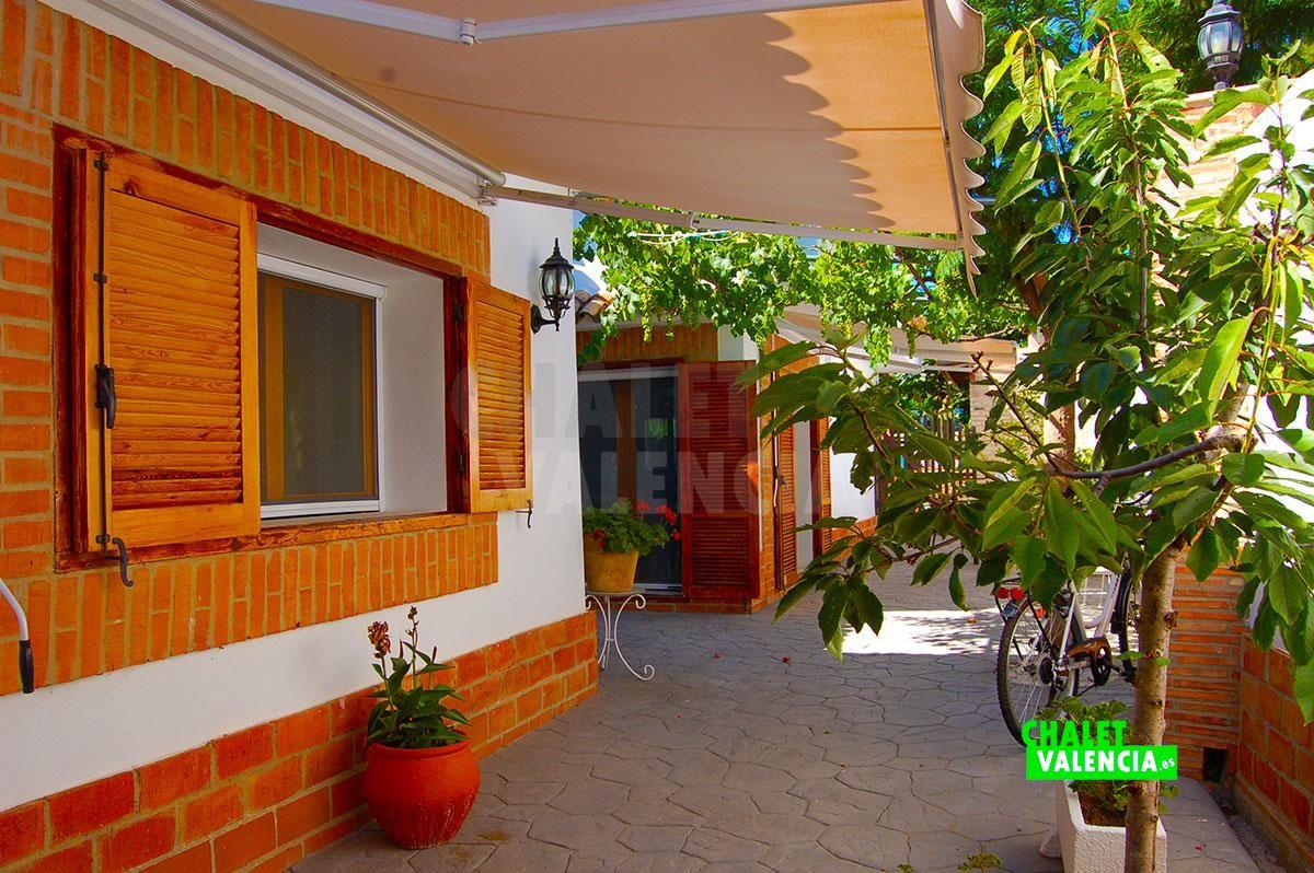 27071-terraza-chalet-valencia