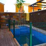 Semi-detached house with pool in Maravisa