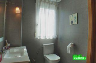 28099-bano-2-chalet-valencia
