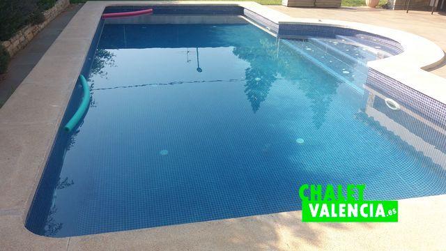 28529-exterior-piscina-chalet-valencia