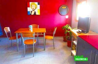 28685-cocina-mesa-chalet-valencia