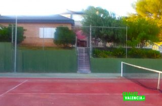 29108-vista-casa-desde-pista-chalet-valencia