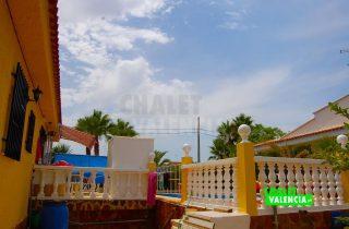 29378-terraza-piscina-chalet-valencia