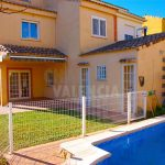 Semi detached house with private pool in Maravisa