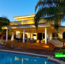 Opportunity luxury villa El Paraiso La Eliana Valencia Spain