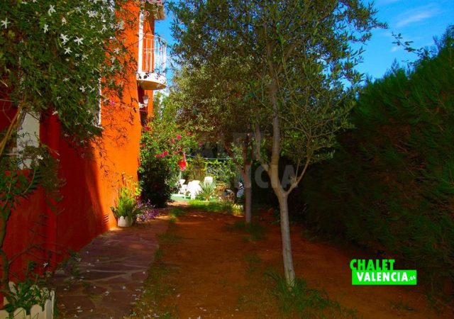 29783-exterior-lateral-chalet-valencia